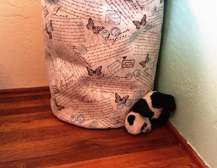 panda-by-clothes-hamper