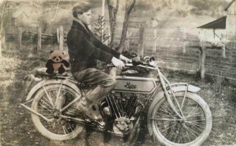 Geo Motorcycle panda