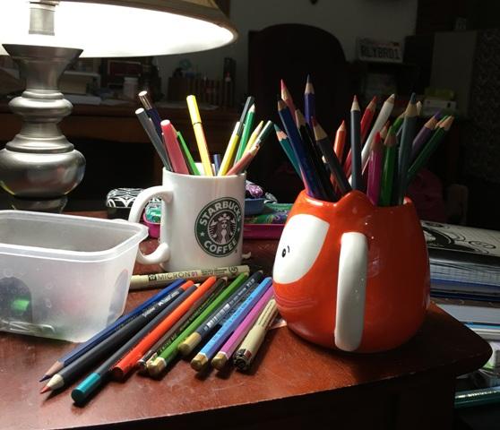 colored pencils lots