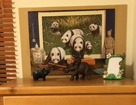 elephants with puzzle